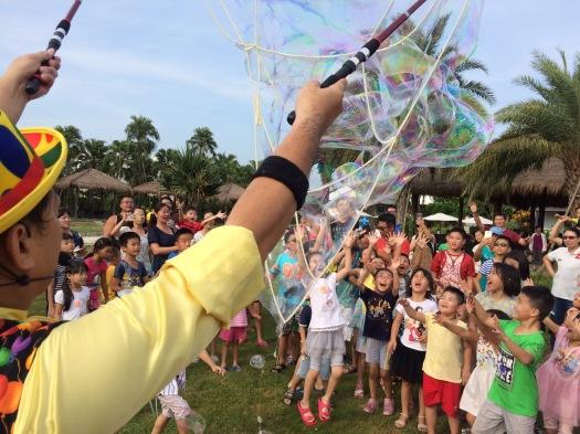 雲林小丑泡泡表演+小丑氣球表演+小丑折汽球@雅聞峇里海岸觀光工廠 (7)