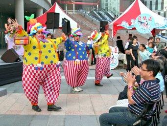 高雄漢神巨蛋鮪魚記者會小丑表演 (4)